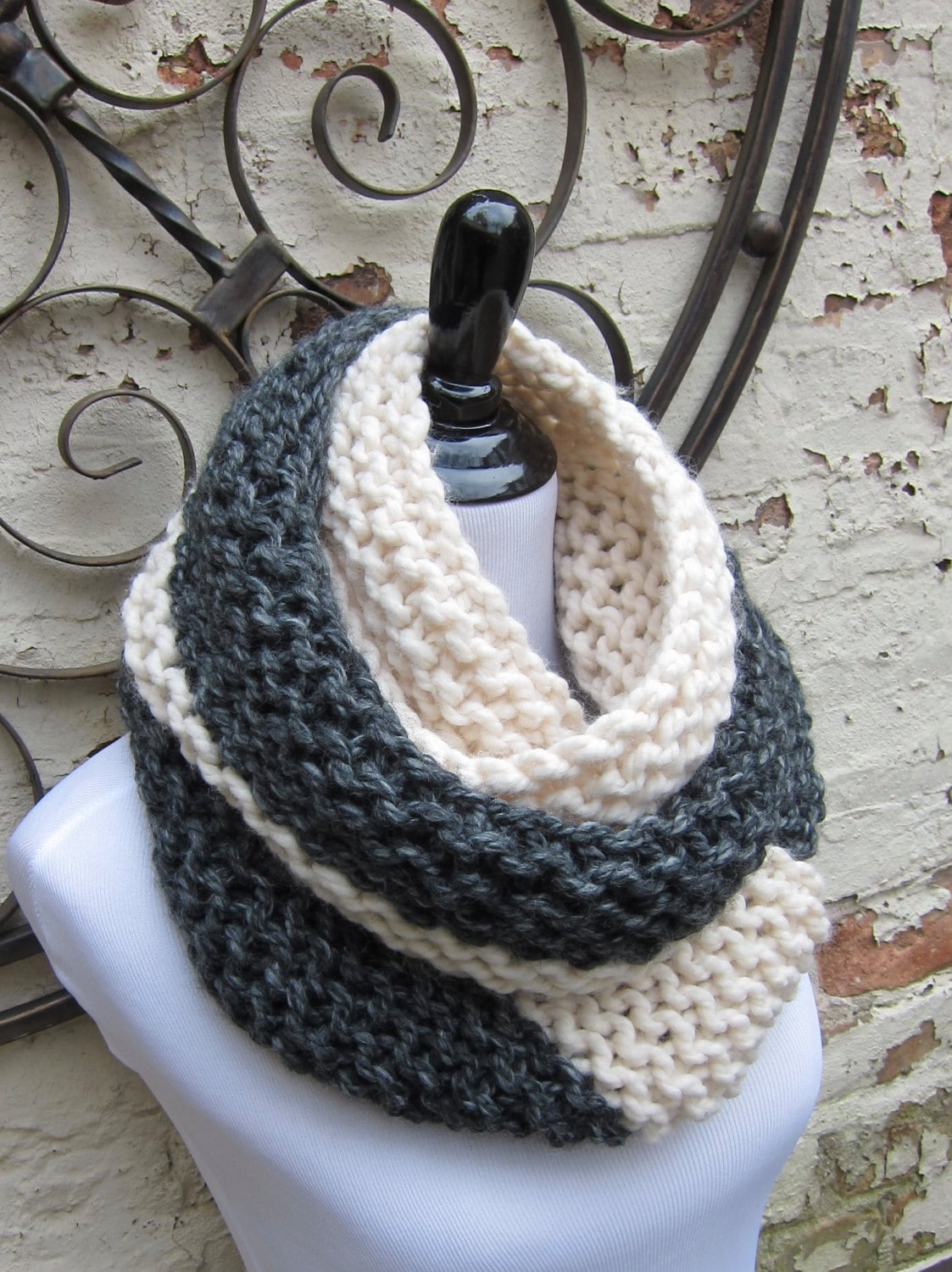 Pattern for a beginner knitting project to make your own two tone ...