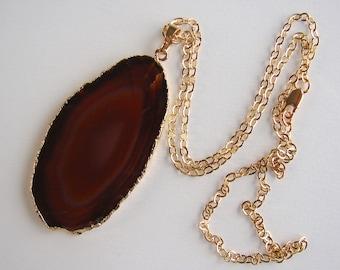 VERKAUF. Natürlicher Achat Scheibe Halskette 24K gold plated Kanten mit 24K Gold geflochtene Kette mit Druzy Stein, Geode Halskette (Lot 032)