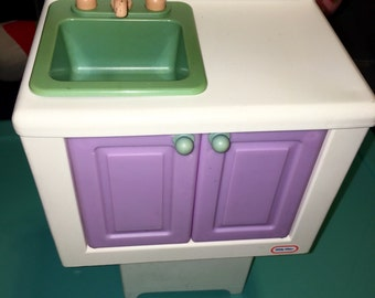 Little Tikes Doll House Dollhouse Barbie Sized Dollhouse Furniture Kitchen  Sink