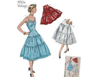 Simplicity 8456 - MISSES Vintage 1950's Petticoats & Slip