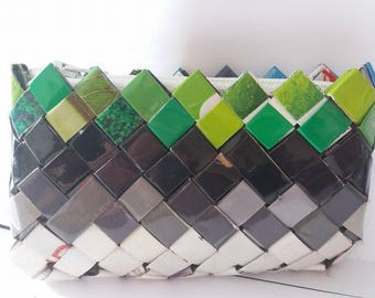 Wallet made of 100% handmade, eco-friendly recycled paper (blue and green)