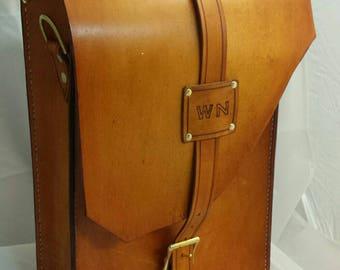 Custom leather vertical messenger bag