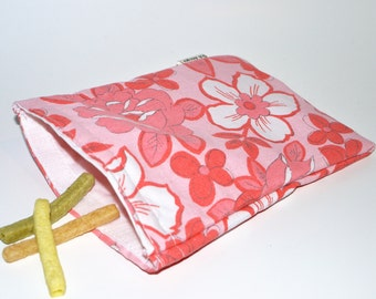 Eco Friendly Sandwich Size Bag made with recycled fabric.