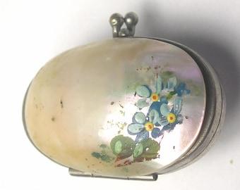 An Antique Blister Pearl HP Precious Keepsake Box A1