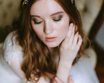 Wedding hair accessory - Wedding floral wreath - Bridal Headpiece - Wedding hairpiece - Bridal headband - Bridal tiara - Wedding adornment