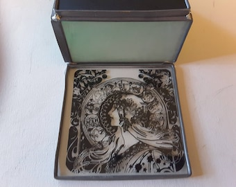 Reduced. Art nouveau lady design on stain glass box