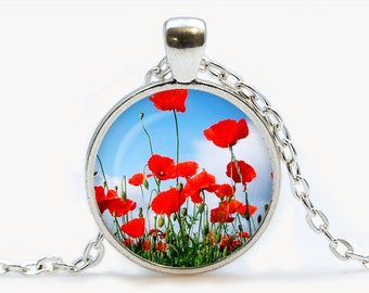 Poppies pendant. Flowers necklace. Flowers jewelry. Birthday gift