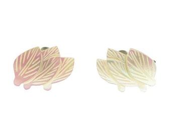 Vintage Leaves Mother of Pearl Earrings Screw Back Pair Leaf Design