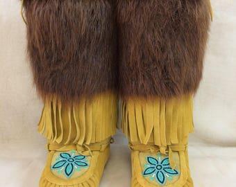 Women's Size 7 Native American Mukluks