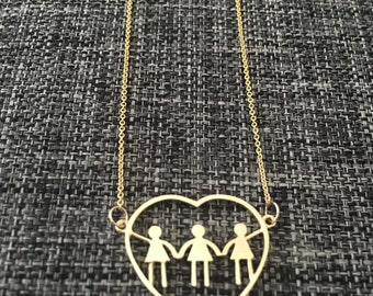 3 girls heart necklace. Best Mother's Day present. Fine Jewelry for moms, mothers, or moms to be. Have your children next to you all day.