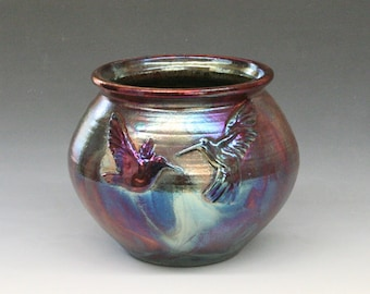 Raku Pot with Hummingbirds in Metallic Iridescent Colors