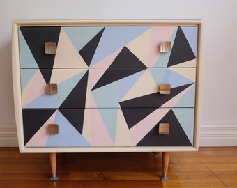 SOLD.    Retro Vintage Alrob chest of drawers