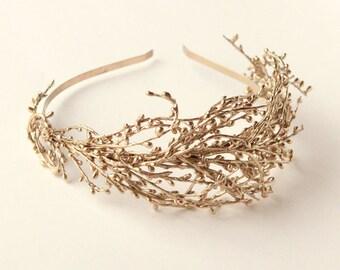 Wired bridal headband, GOLD or SILVER, wedding headpiece, Gold branch fascinator, Golden woodland bride, Gold twig, Golden bridal headband