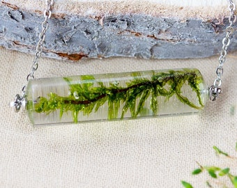 Nature flower jewelry Terrarium jewelry Terrarium necklace  Botanical Jewelry Crystal moss necklace  Nature inspired  Nature Moss jewelry