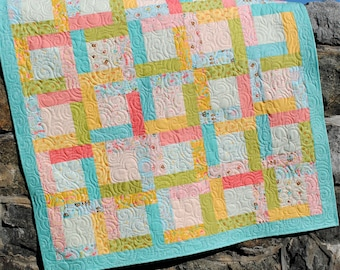 PDF Quilt PATTERN ....baby, lap, twin, full, queen, king Jelly Roll, layer cake or fat quarter or scraps...Happy Day