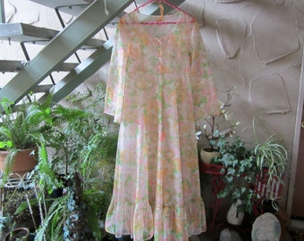 Vintage 1950's Long Flower Robe Maxi Ruffeled Nylon//Chiffon Robe Lingerie Vintage