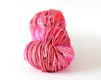 Hand dyed Yarn Superwash Merino, Amanda Worsted, ' Princess Charming', pink, speckles