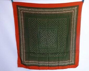 "Vintage Silk Scarf paisley design 83cm x 82cm / 32.6"" x 32.2"""
