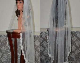 Fingertip lace veil-1 tier lace fingertip wedding veil-Lace half way veil in fingertip-Short Lace Bridal veil-chantilly thin lace veil 616