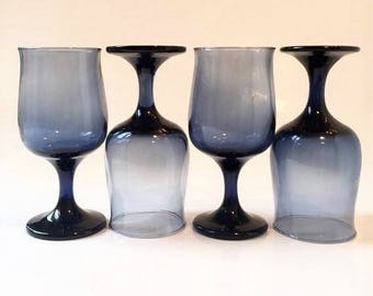 Blue Wine Glasses, Set of 4 Midnight Blue Goblets, Colored Goblets, Wedding
