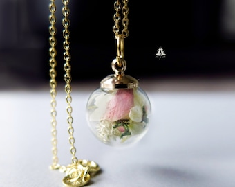 Terrarium Necklace 925 Sterling Silver - real rose petals, daisies and moss