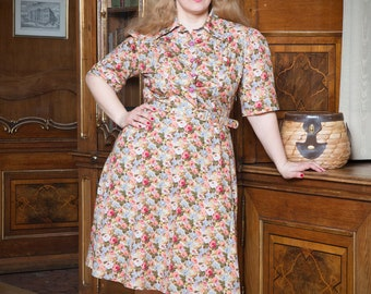 Chelsa-war time dress in the style of the 40iger years plus size
