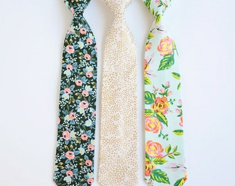 Necktie, Neckties, Boys Tie, Baby Tie, Baby Necktie, Wedding Ties, Ring Bearer, Boys Necktie, Floral Ties, Ties - Menagerie Collection