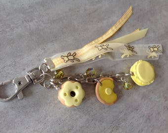 Gourmet bag yellow polymer clay charm (macaroon, tart and donut) with ribbons and beads Sw.
