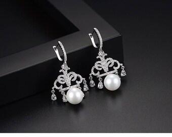 Pearl Chandelier Earrings | Bridesmaid Earrings | Wedding Jewelry | Pearl Bridal Earrings | Pearl Jewelry | Pearl Crystal Earrings | Wedding