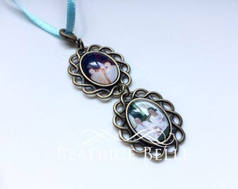 TWO LINKED Small Vintage Gold Personalised Photo Bouquet Memory Charm