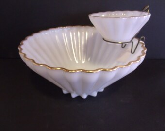 Vintage Anchor Hocking Fire King Rachael Milk Glass Chip & Dip Bowl, (# 618/28)