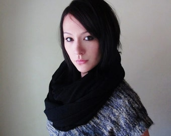BLACK Circle Scarf, Chunky Sweater Knit Infinity Scarf, Jet Black Fashion Scarf, Chunky Infinity Cowl, Winter Scarf, Winter Snood