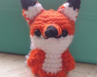 Fox Amigurumi with tail pon pon