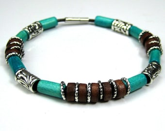 Mens leather bracelet and N3503 wooden beads