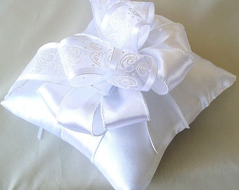 Ring pillow white, Ring bearer pillow, Ring pillow ivory, Satin ring pillow, Wedding Pillow, Ivory off  White
