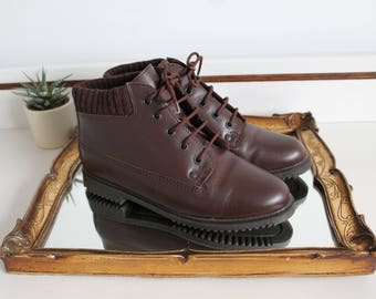 Vintage Hush Puppies Brown Leather Ribbed Quilted Fabric Lace Up Flat Ankle Boots Shoes Size Uk 3.5 Eu 36.5 Us 5.5