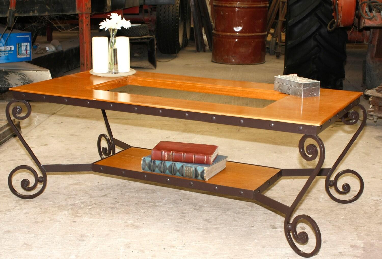 Mesa De Centro O Para Caf Fabricada En Herrer A Fina Forjada # Muebles De Heereria