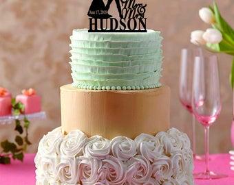 Captain America wedding cake topper, Bride and Groom Wedding Cake Topper, Custom Wedding Cake Topper, Unique Wedding Cake Topper, Funny