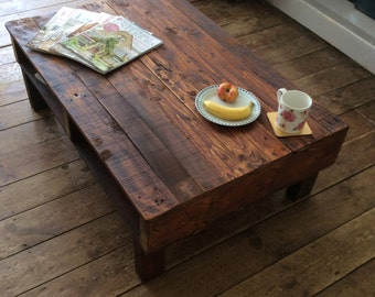 Handmade Reclaimed Rustic Upcycled Pallet Wood Coffee Table