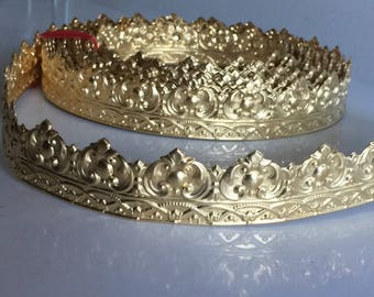 Crown Gallery Banding (by the foot)