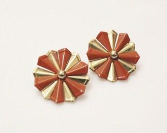 Vintage Gold Flower Earrings, Brown Stud Earrings, 1980's Jewelry