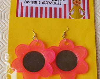 Retro Floral Flower Glitter Pop Kitsch Mirrored Purple/Pink Earrings