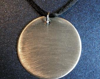 Pendentif disque de Sterling Argentium - finition brossée