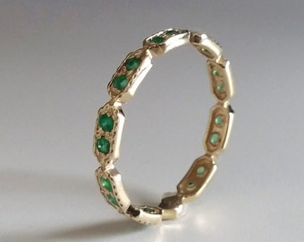 Emerald Eternity ring -  Green stone ring - thin band - dainty gold ring - stacking ring