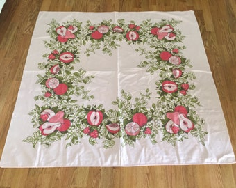 "Vintage PINK TABLECLOTH 48"" X 50"", Pink GRAPEFRUIT, Pears, Apples and Strawberries at A Vintage Revolution"