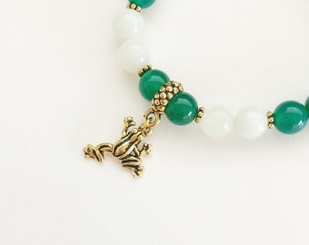 Green Agate and New Jade bracelet with Frog