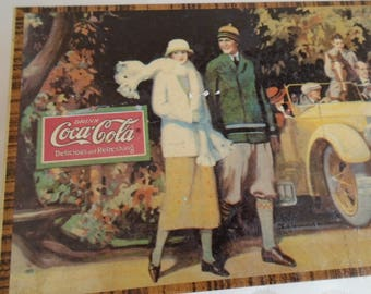 coca cola collectable hinged tin