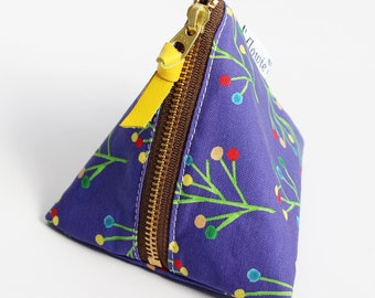 Triangle zipper pouch, Ava