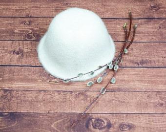 White sauna hat
