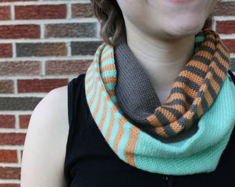 cowl, infinity scarf